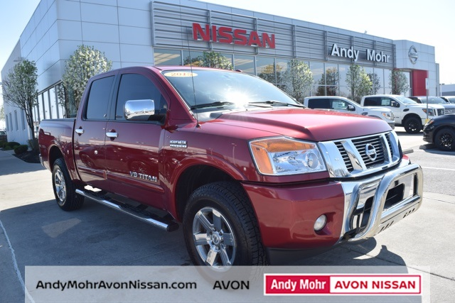 Used 2015 nissan titan sv 4d crew cab near indianapolis t17682a pre owned 2015 nissan titan sv fandeluxe Images